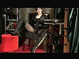 leather mistress vivian and her big black strap on webcam